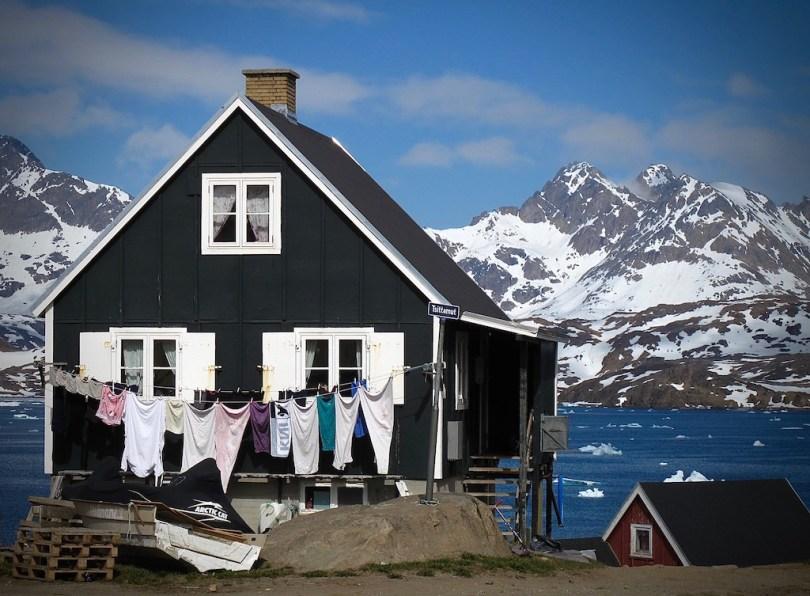 Paula Matzek - Laundry Day Tasiilaq