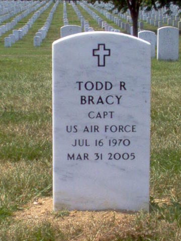 TR Bracy Gravesite PHOTO