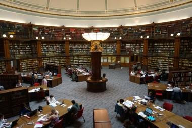 Biblioteca estilo victoriano