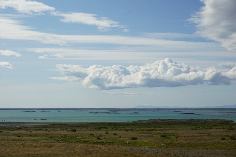 Cielos que parecen pintados en Islandia, una constante que veras en tu ruta por Islandia.