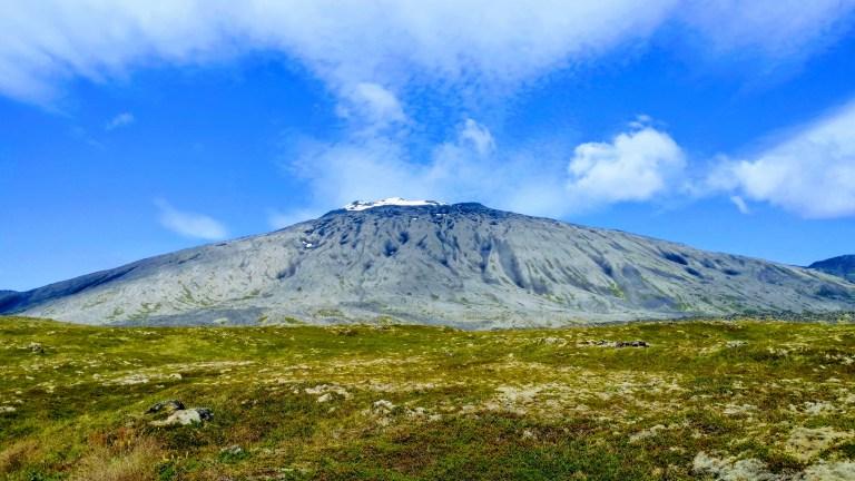Volcán Snæfellsjökull, un clásico de la ruta por Islandia. Famoso por el autor Julio Verne.