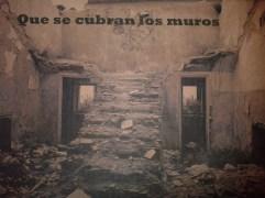 https://armapalabras.wordpress.com/2013/04/23/que-se-cubran-los-muros/