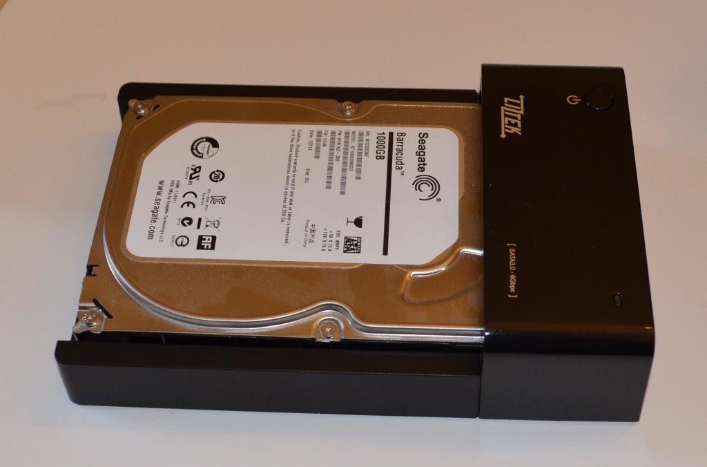 """A 3.5"""" drive inserted into the Liztek HDDS1BS."""