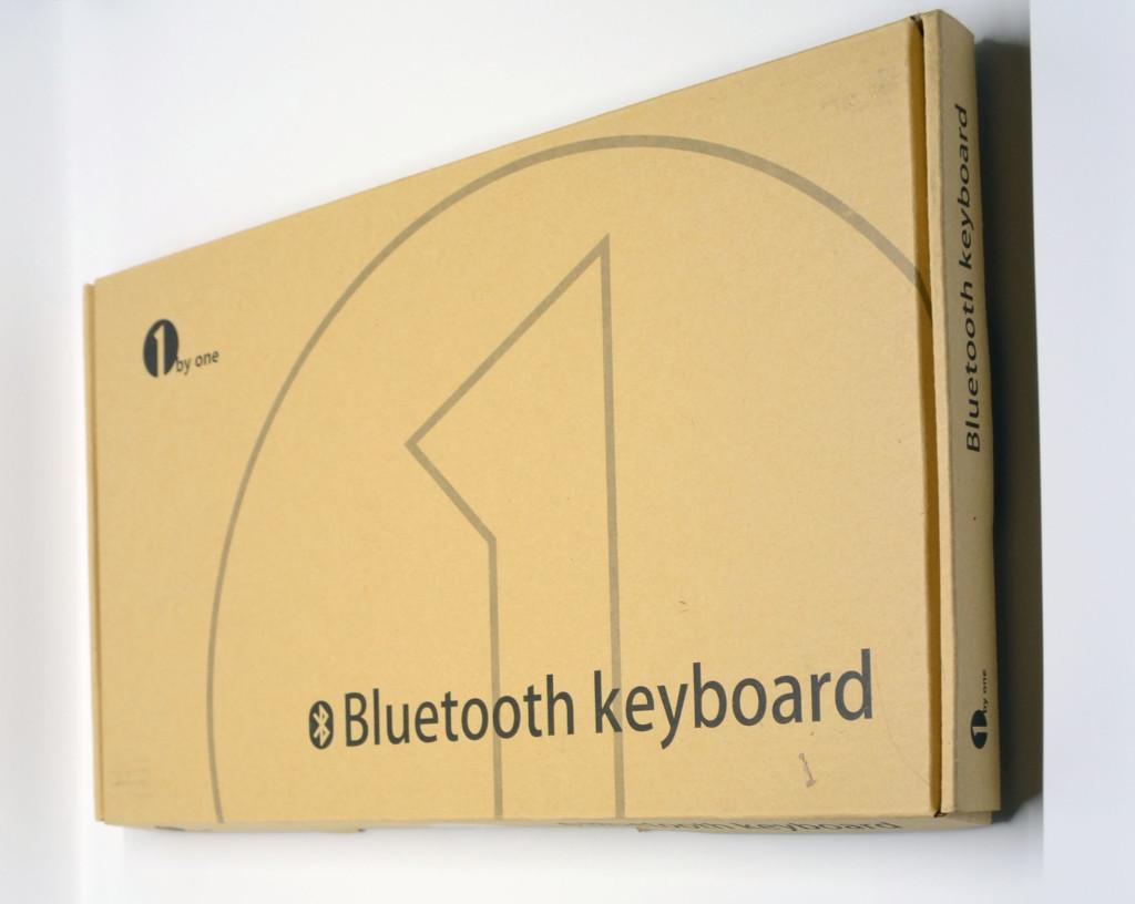1byone Wireless Bluetooth Keyboard packaging.