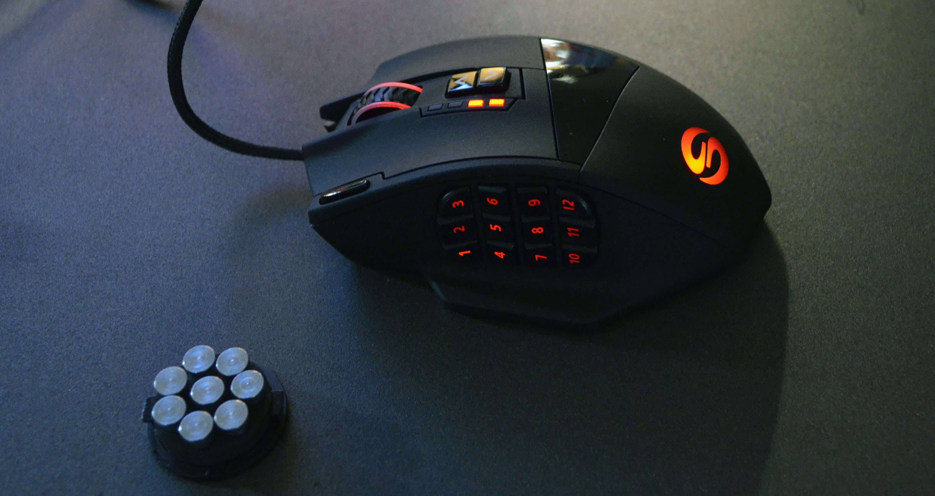Review: UtechSmart Venus MMO Gaming Mouse