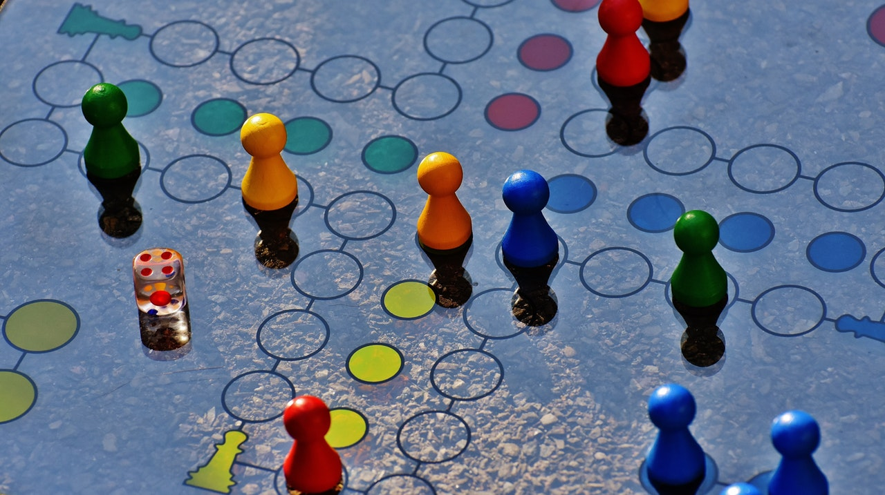 Game, Image, and Technology: Possibilities of Playfulness