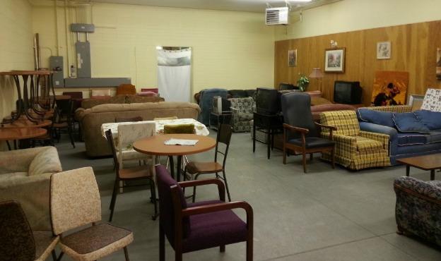 des meubles gratuits pour procurer un chez soi a des sans abri
