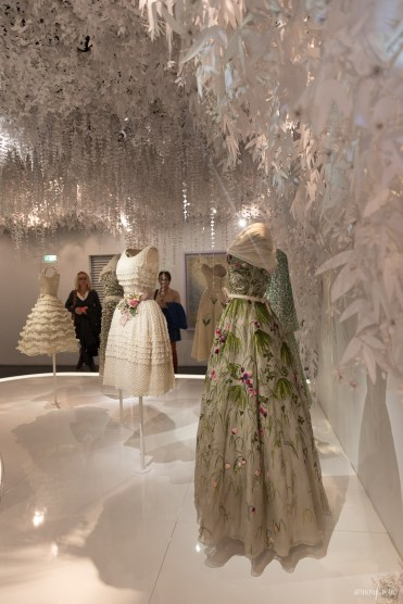 Christian Dior, couturier du rêve - Exhibition Paris Photograph