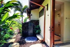 Uweola Outdoor Shower_Optimized