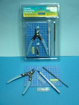 Model Craft Plastic Modelling Set 9 piece