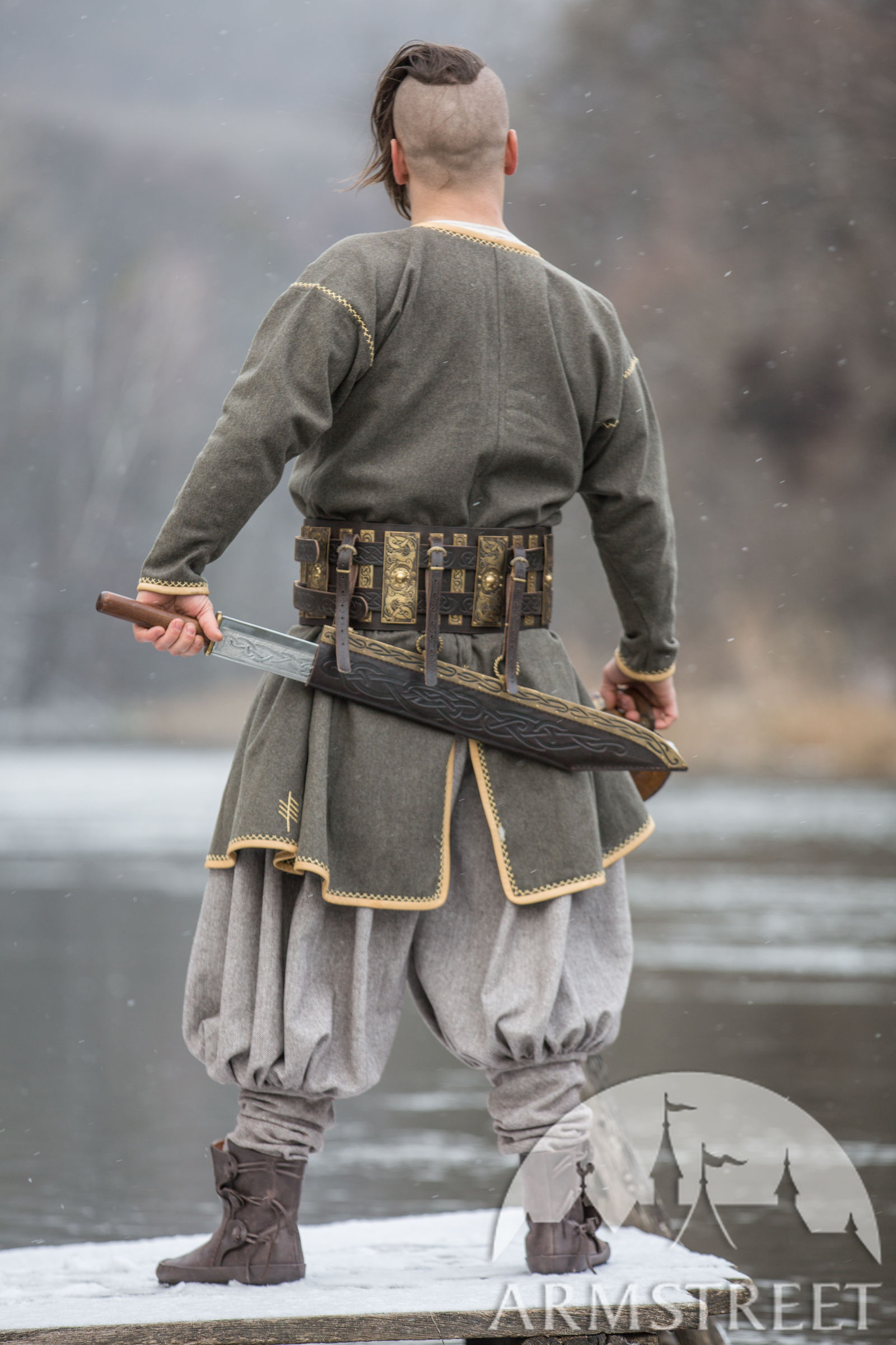 Tunic Studded Leather Armor