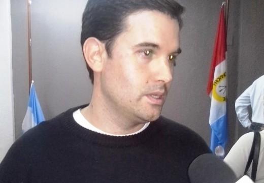 Vecino de ¨Sueños del Sur¨ reclama en el concejo.