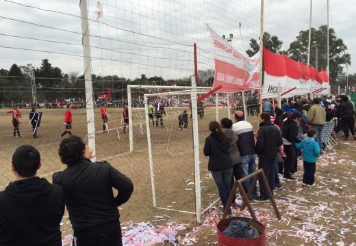 Clásico de Armstrong. Defensores ganó a Barraca 2 a 0.