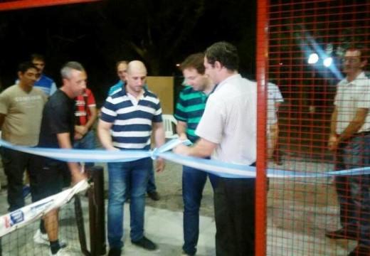 Quedo inaugurada una cancha de paddle de primer nivel en el Club Atlético Defensores.