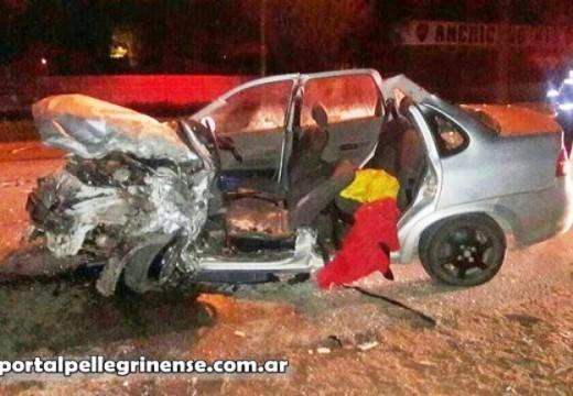 Choque frontal fatal en Carlos Pellegrini.