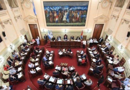 La Legislatura retoma el debate: Diputados trata este lunes las leyes que envió Perotti