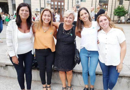 Clerici y equipo en encuentro  de mujeres en gestión.