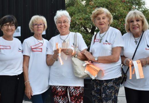 La provincia distribuye una guía sobre buen trato a las personas mayores.