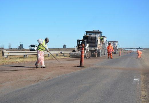 La Nación avanza con obras en la autopista Rosario-Cordoba.