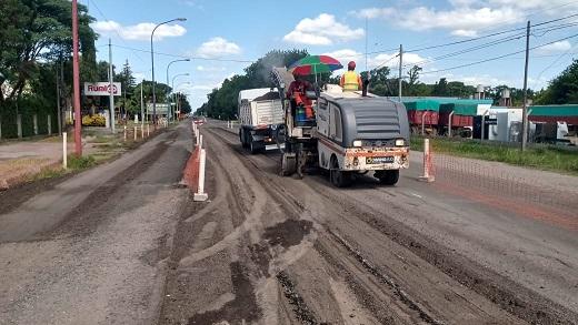 Comenzó la reparación de la ex ruta 9 en Cañada de Gómez.