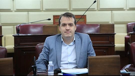 """«Vacunación en Santa Fe: """"La población necesita transparencia""""."""