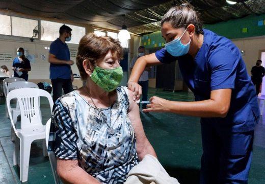 Cañada de Gómez. Comenzó la vacunación en la población de adultos mayores.