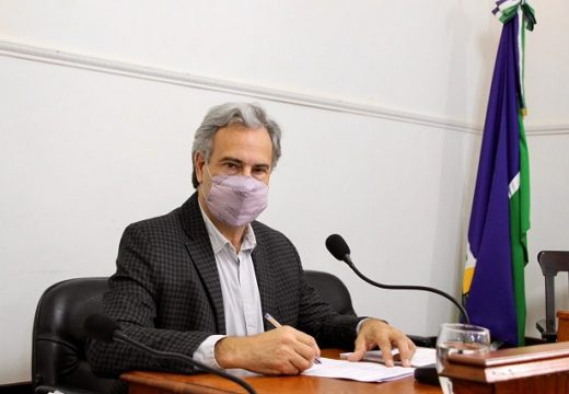 Casalegno propone que el municipio colabore para inscribir a los vecinos al programa Casa Propia.