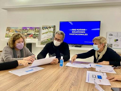 Clérici y Casalegno anunciaron el plan 300 soluciones habitacionales.