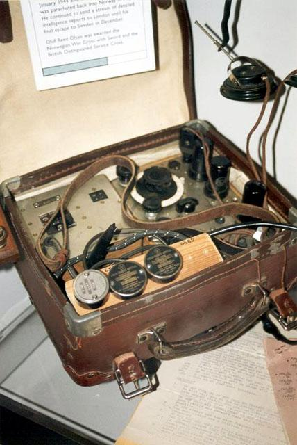 Army Radio Sales Co Spy Radios Of W W Ii