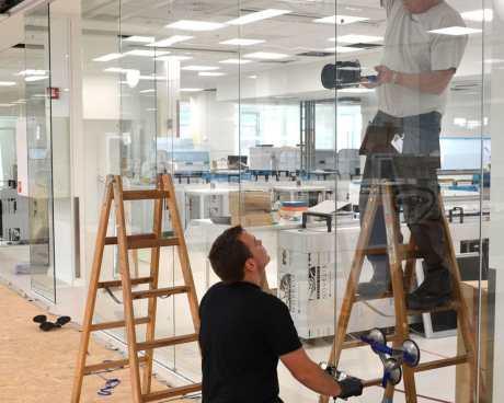 Tømrer- & Snedkerfirmaet Arne Danielsen A/S - Glasvæg