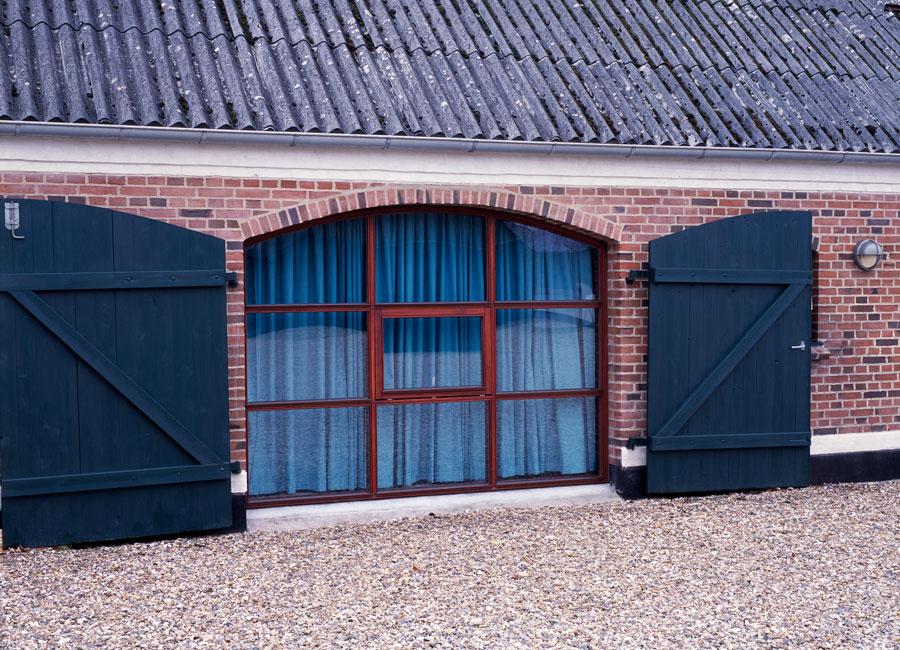Tømrer- & Snedkerfirmaet Arne Danielsen A/S - Facadeparti