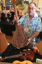 Arnie Gamble at the Winters GuitarFest.