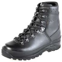 lowa-mountain-gtx-boots-200