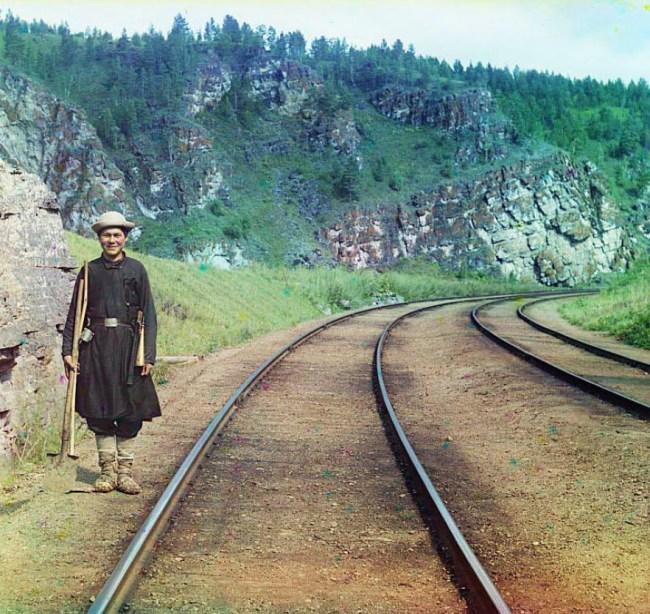 Ural. Baszkirski nastawniczy - linia kolejowa między  Ufa i Czelabińskiem