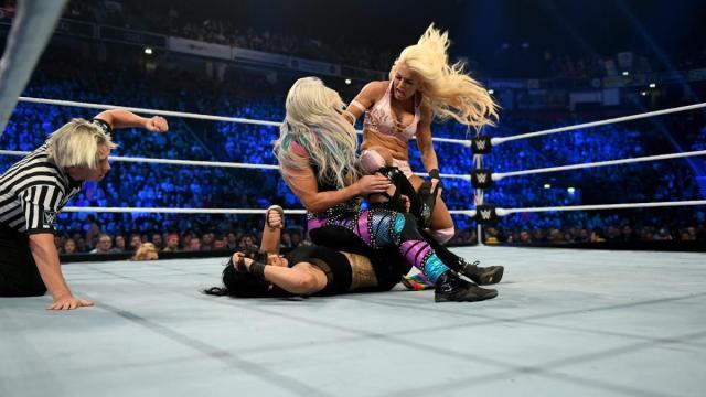 Mandy Rose breaks up Dana Brooke's pin on Sonya Deville