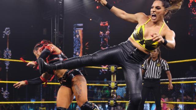 Raquel Gonzalez kicks Xia Li in the face