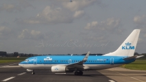 KLM Boeing 737-700 - PH-BGL