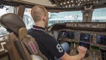 Ik in de cockpit van de PH-BFB