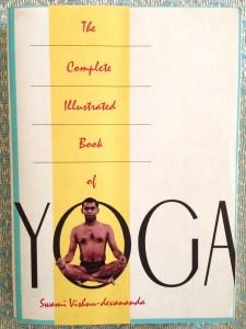 Le grand livre du Yoga