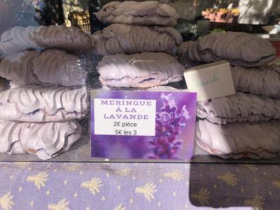 meringue lavande
