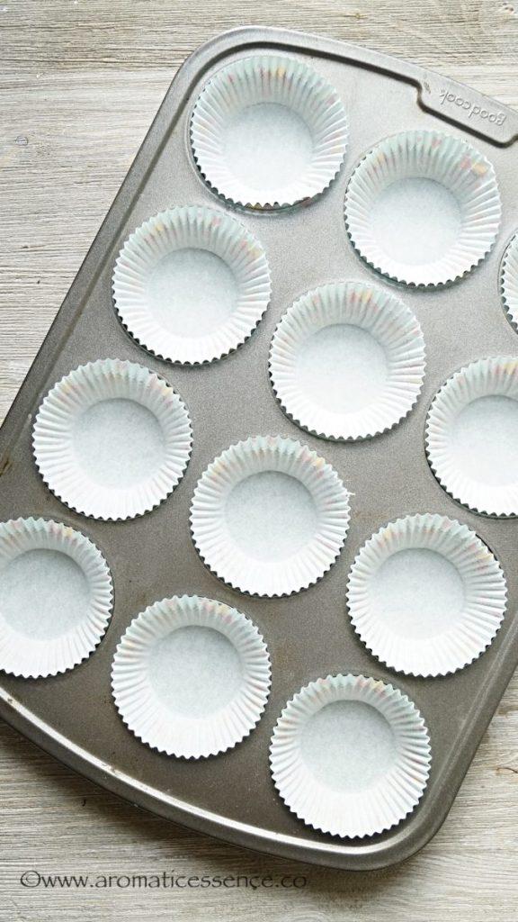 prepared cupcake pan with liners