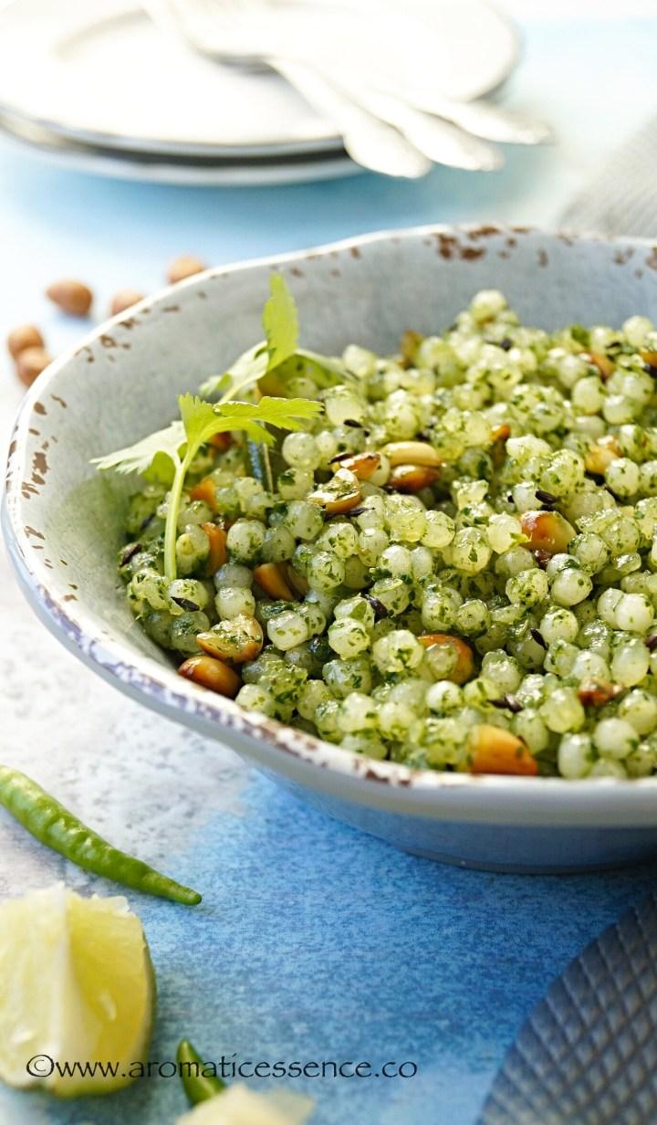 Hariyali Sabudana Khichdi Recipe | Sabudana Khichdi In Green Masala