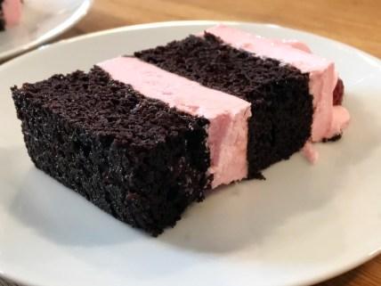 tomboy-cake-2