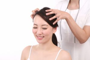 あなたの頭皮は固い?ぶよぶよ?頭皮からわかる身体のサイン!