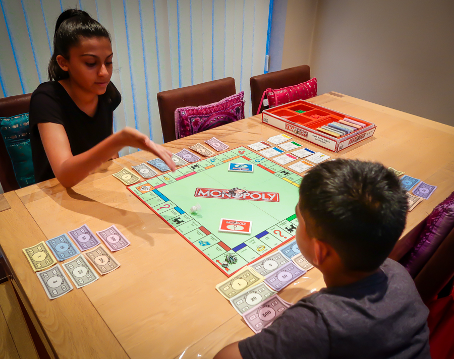 Monopoly Mad - Shalini negotiates with Shivam