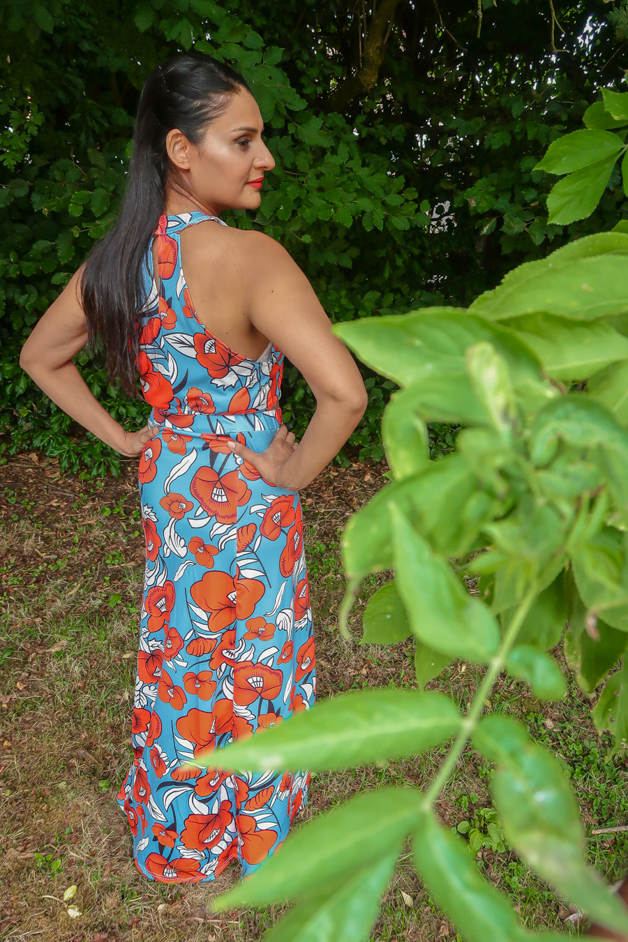 Fashion Review - Floral two-piece skirt set