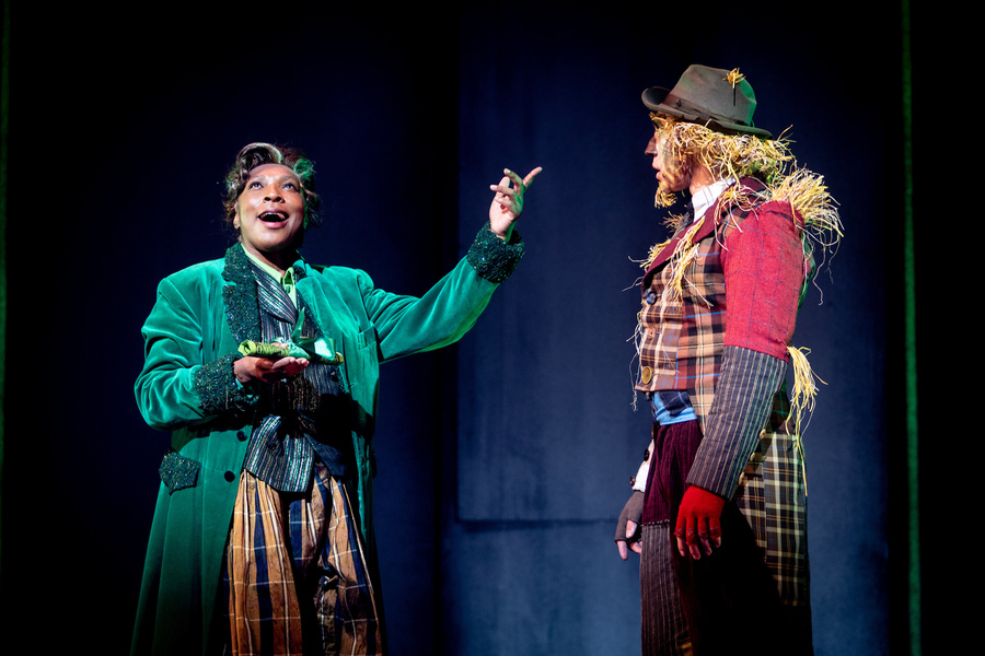 We're Off To See The Wizard - The Wizard and Scarecrow