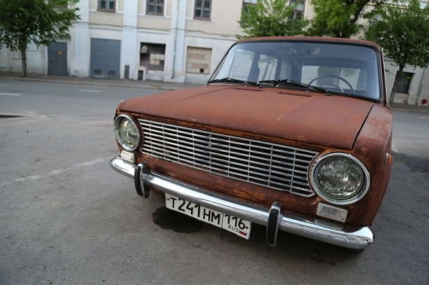 300A3884