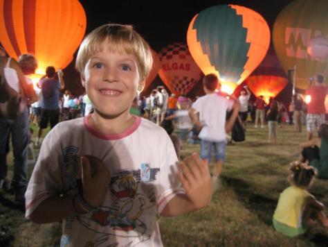 ferrara-balloons-festival-nightglow