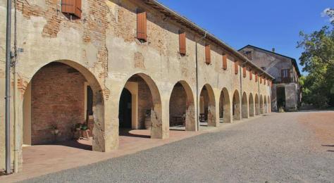 Dove dormire a Fontanellato, durante il Castle Street Festival: Antica Grancia Benedettina